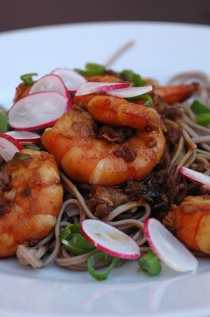 Crevettes sautees nouilles soba vue 1