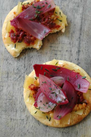 Tartelettes comte oignon rouges deux vue 1