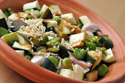 Tagines courgettes feves avant cuisson vue 1