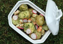 Salade de pomme de terre primeur radis et crevettes vue 2