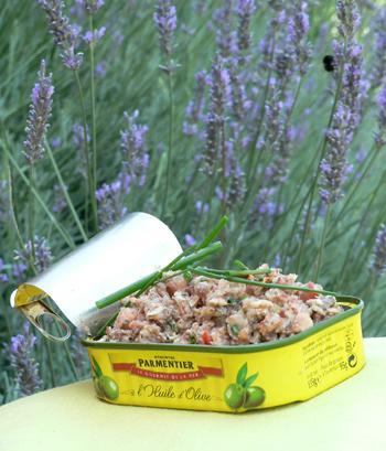 Rillettes sardines dans leur boite vue 1