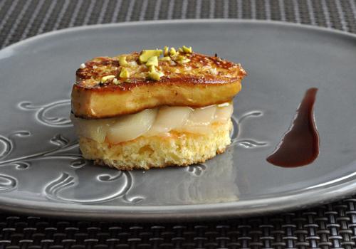 Foie gras poelee poires reduction porto vue 1
