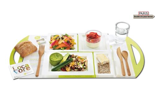 Plateau repas vegetarien locavore dejeuner livre vue 1