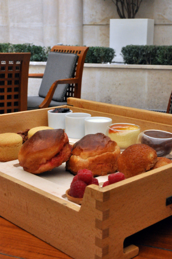 Pupitre gouter park hyatt vendome paris