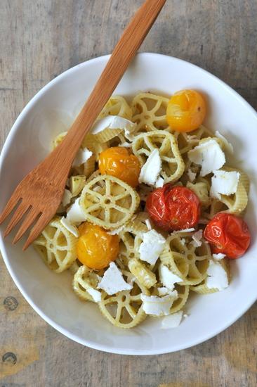 Hellofresh salade pates rotelle chevre tomates