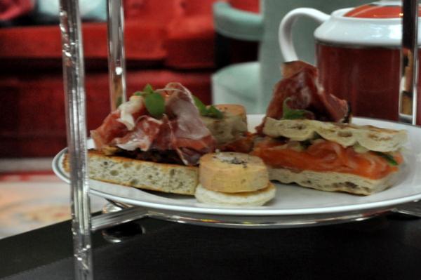 Gouter chic shangri-la finger sandwichs