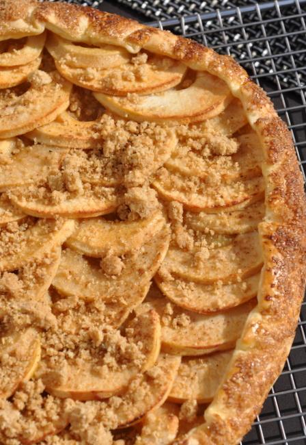 Tarte rustique pommes streusel noisettes deux