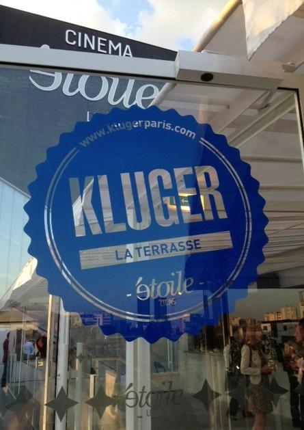 Populaire C'est moi qui l'ai fait !: Terrasse Kluger au-dessus du cinéma  QR06