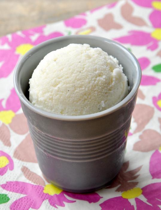 Glace à la vanille 065-001