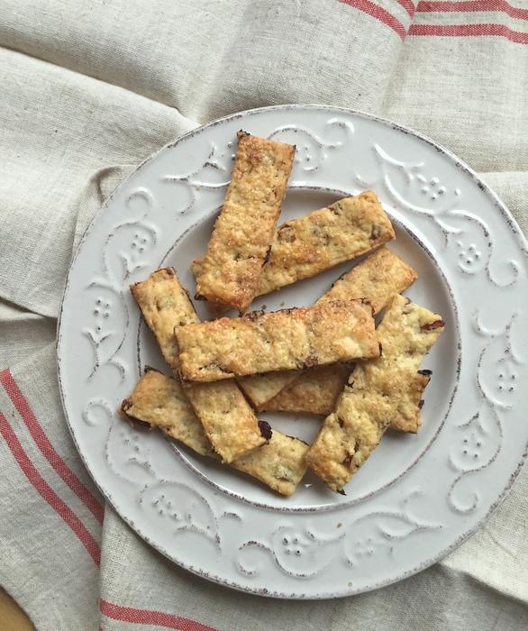 Garibaldi biscuit