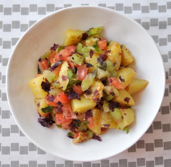 Pommes de terre primeur roties salsa tomates et algues ete