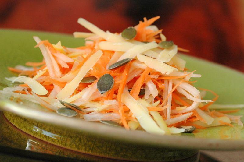 Salade radis carotte comte