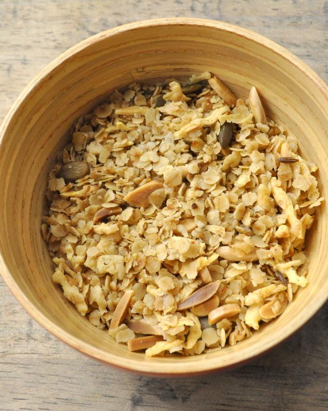 Granola sale amandes et graines de courge