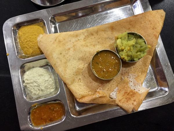 Dosa chez Saravanaa Bhavan