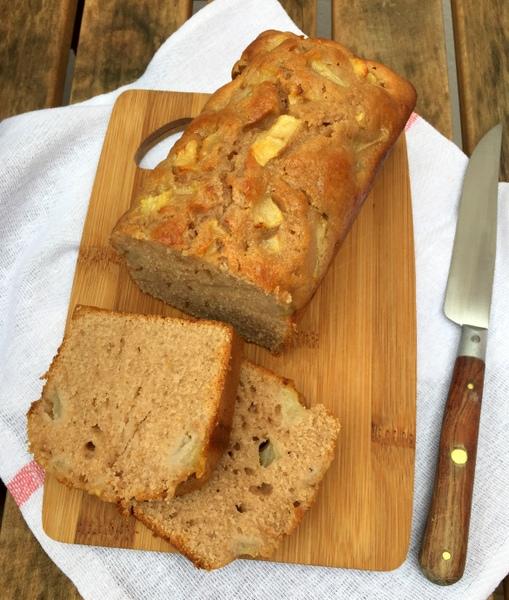 Cake farine de chataigne poire