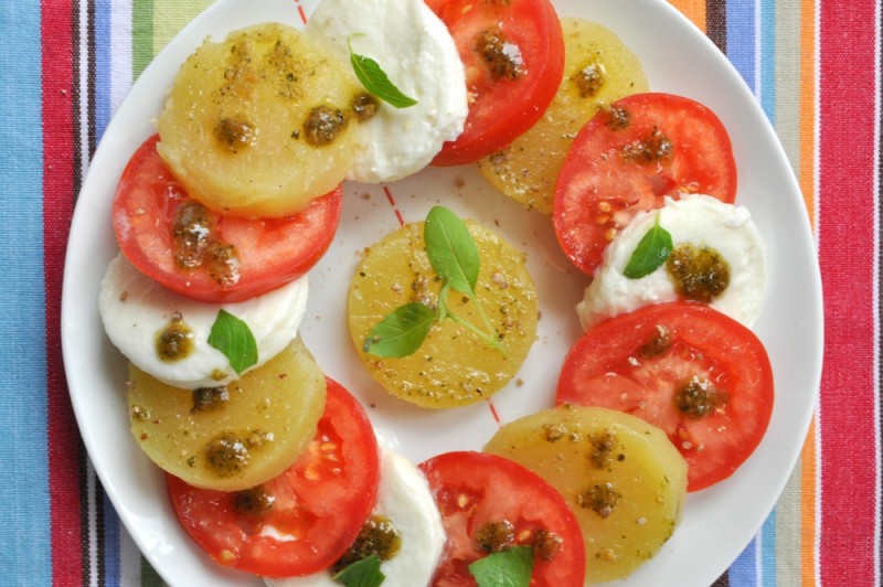 Salade tomate mozza pommes de terre primeur