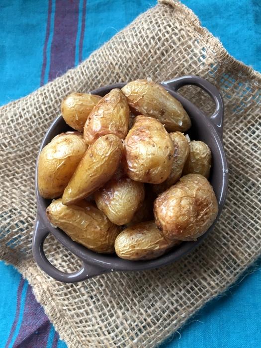 Pommes de terre rissolees avec la peau