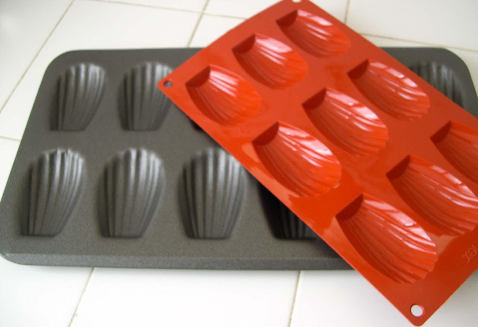 c 39 est moi qui l 39 ai fait madeleines moules en silicone. Black Bedroom Furniture Sets. Home Design Ideas