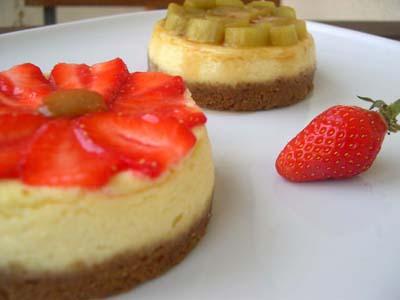 Cheescake_fraises_et_rhubarbe_cote_deux_