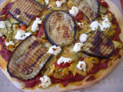 Pizza_aux_legumes_et_a_la_ricotta_vue_1