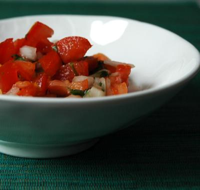 Tomates_epicees_oignon_coriandre_vue_1